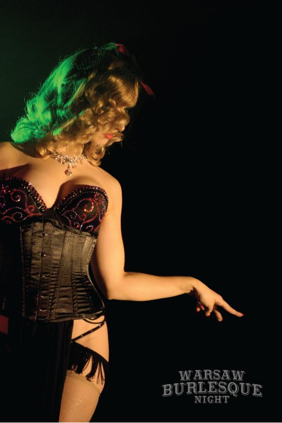 Madame de Minou burlesque zdjęcie z pokazu burleski Gentleman podczas Warsaw Burlesque Night