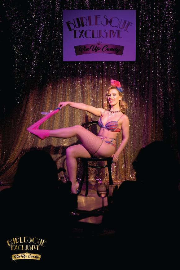 Madame de Minou burleska zdjęcie z pokazu gifted lady Jack's Bar Warszawa